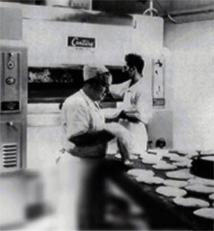 Black and white Venice Bakery History Photo